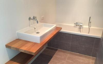 Badkamer volledig gerenoveerd